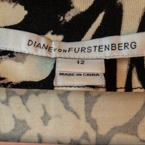 Diane Von Furstenberg Dresses - Diane von Furstenberg 100% Silk Black&White Dress